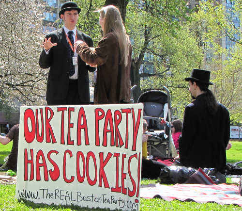 http://images.universalhub.com/images/2010/party-cookies.jpg